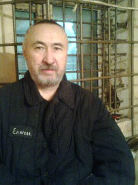 Aron Atabek in cells of prison in Astana. December 2012